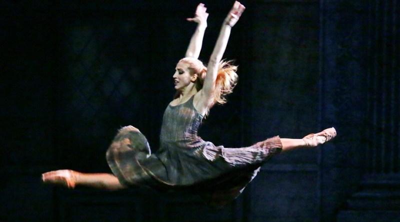 Virna Toppi, la biondissima prima ballerina, saluta la Scala per un anno