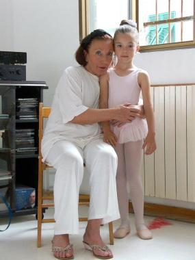 Maria Luisa Capiferri con una piccola ballerina