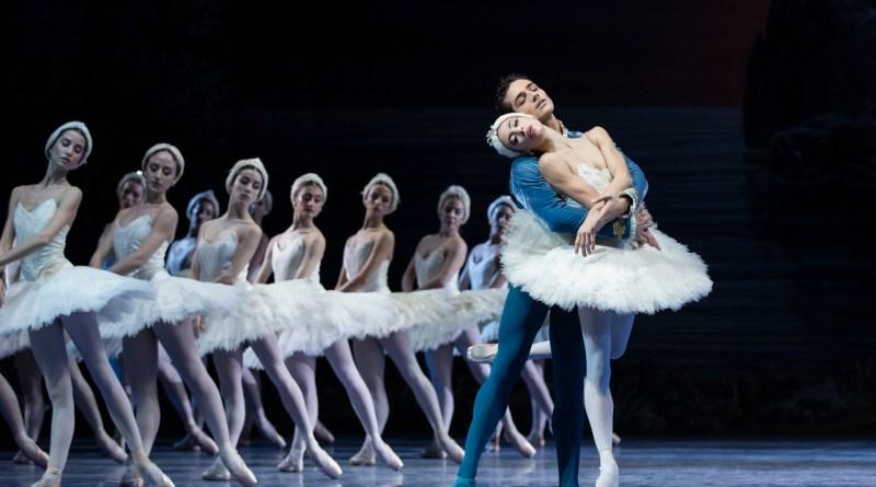 La grande danza torna al Circo Massimo con <em>Il Lago dei Cigni</em>
