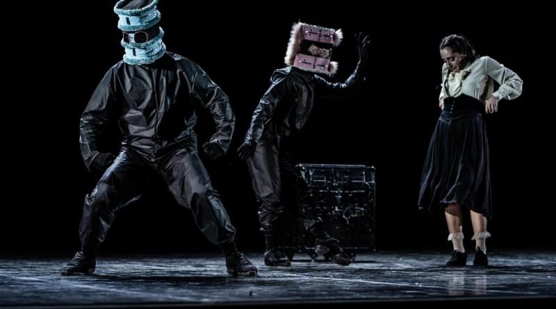 <em>Puppenspieler</em> per la coreografia di Nyko Piscopo segna la ripartenza al Bellini di Napoli