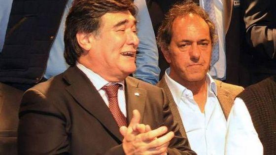 Carlos Zannini y Scioli encorsetado
