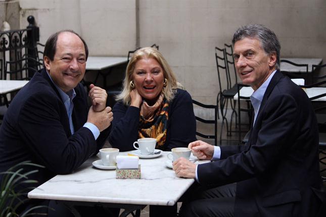 Macri-Sanz-Carrió-desayuno