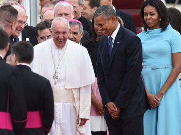 pope-obamas