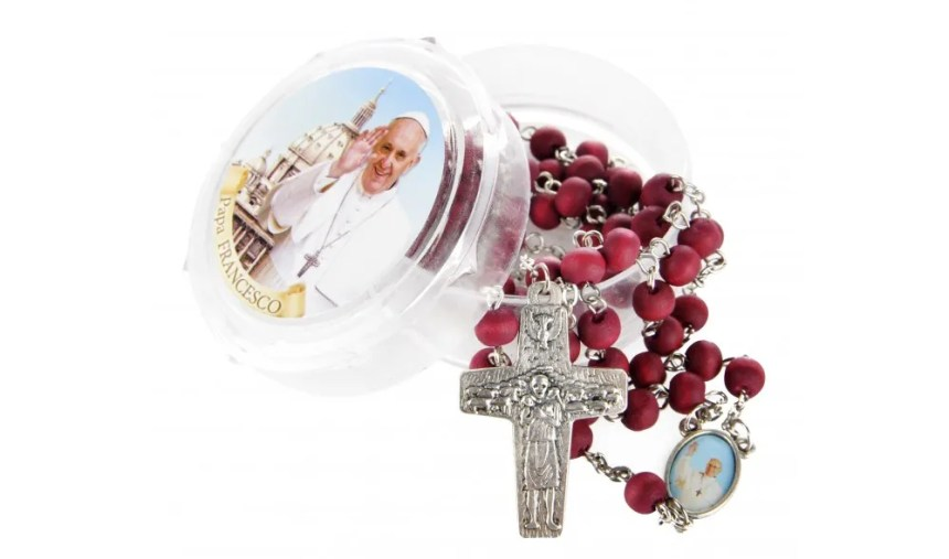 el-rosario-del-papa-francisco