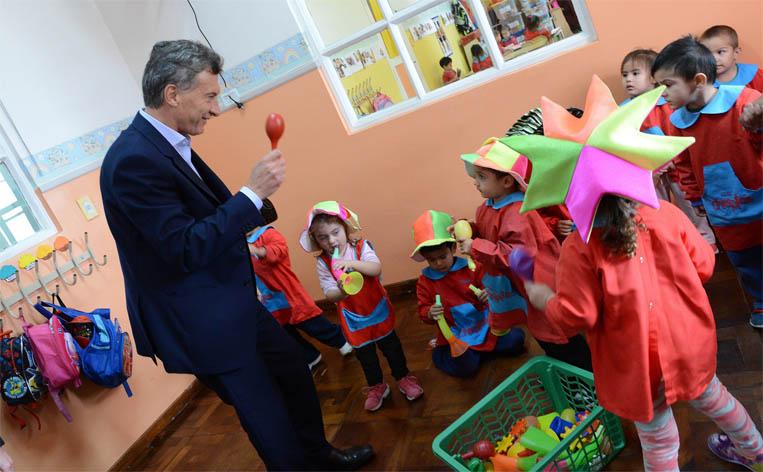 macri en jardin de infantes