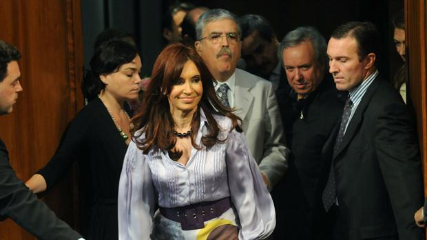 CFK-De-Vido-represas