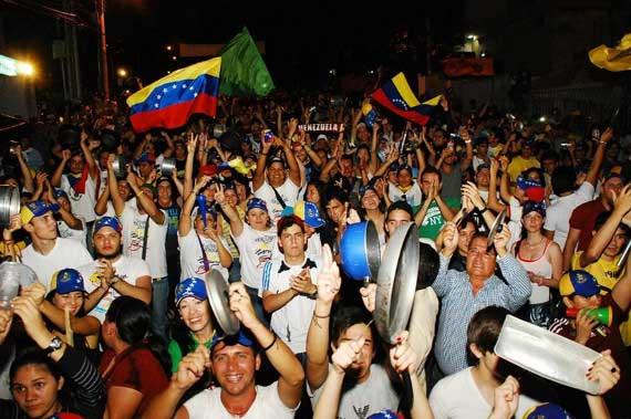 cacerolazo-venezuela