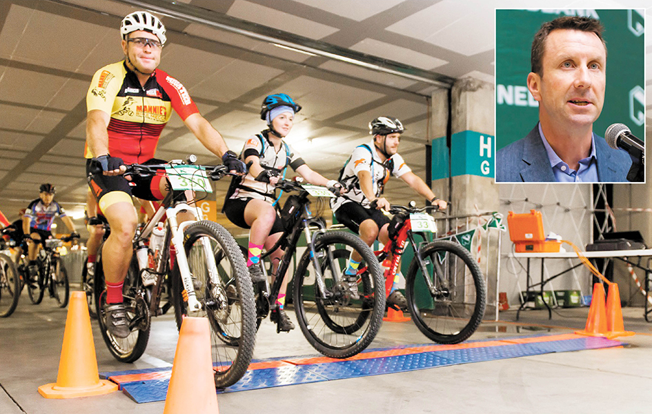 Cyclists Gear up for Desert Dash