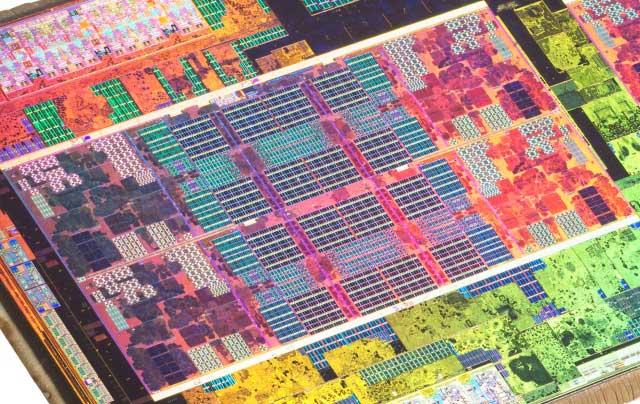 Un CCX integra 4 cores AMD Zen con sus 4 L2 de 512 KB y una L3 de 8 MB
