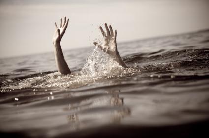 drowning - Shocking: 3 jealous UniAbuja freshers watch their friend drown because girls were always admiring him