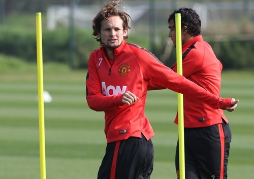 Daley Blind Must Have Suffered from Vincent Kompany's Lunging Tackle, According to Louis van Gaal. Image: Man Utd via Getty.