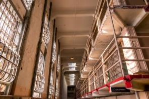 Prison guards embark on  indefinite strike