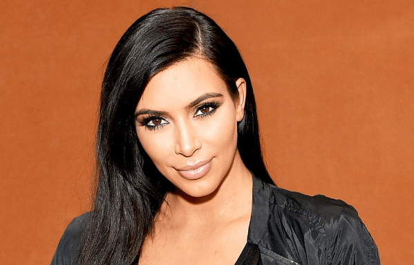[Ent] Plastic Princess! Kim Kardashian Shows 'Everything' In Transparent Dress 3 13