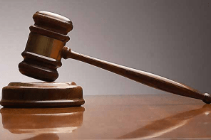 Murder collapse in court , while trying to testify to murder case