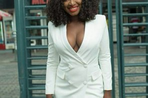 Fans Scold Yvonne Jegede For Flashing Her Cleavage