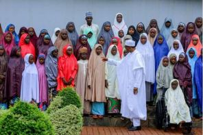 See The Photo Of Dapchi Girls And Buhari That Got People Talking