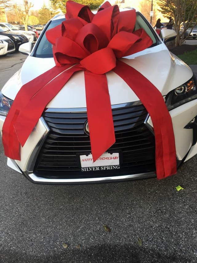 Husband Gifts Wife 2018 Lexus RX Sport 350 To Celebrate Her Birthday Photos