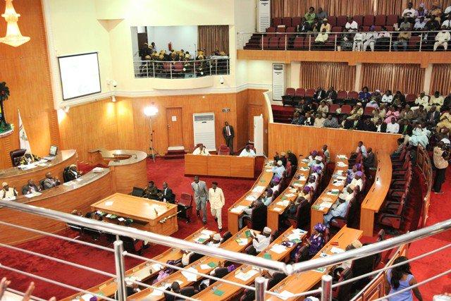 Imo Speaker, 7 Lawmakers Dump PDP