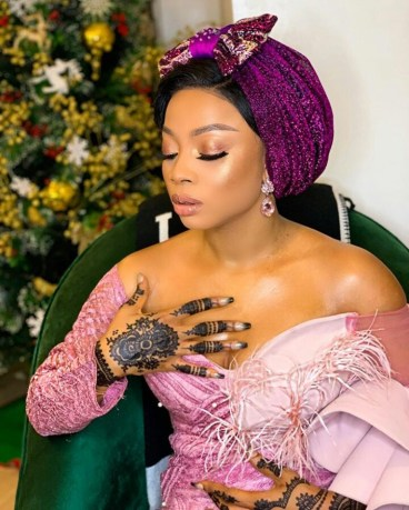 toke makinwa discloses a non sexual thing that turns her on - You are greedy! – Toke Makinwa slams girls who call men stingy