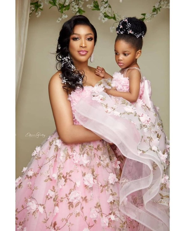1 12 - Just adorable! Dabota Lawson and her daughter redefines beautiful mother-daughter photoshoot