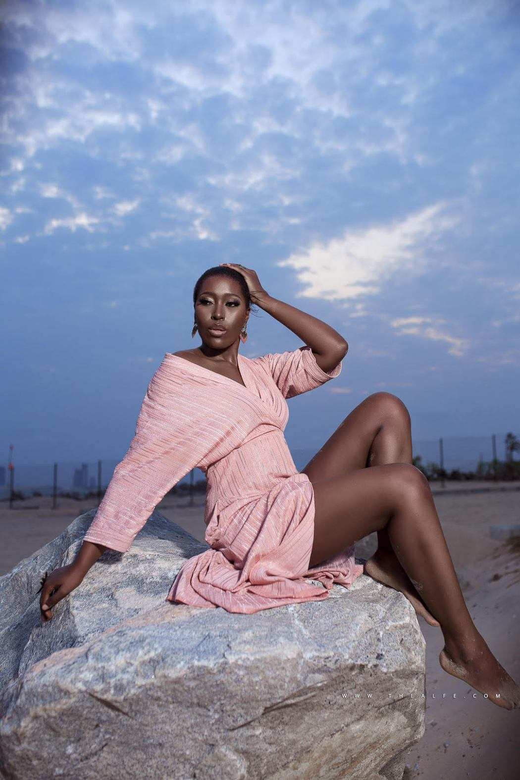 Vimbai 3 - Media girl Vimbai Mutinhiri releases stunning new birthday photos