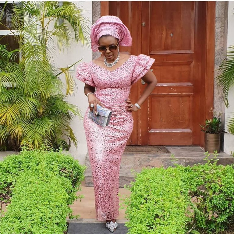 Temidayo Ted Abudu Adebola Makanjuola Traditional Engagement AsoebiBella BellaNaija 44 768x768 - [Beautiful Photos]: Asoebi Guests At Media Mogul, Mo Abudu's Daughter's Wedding