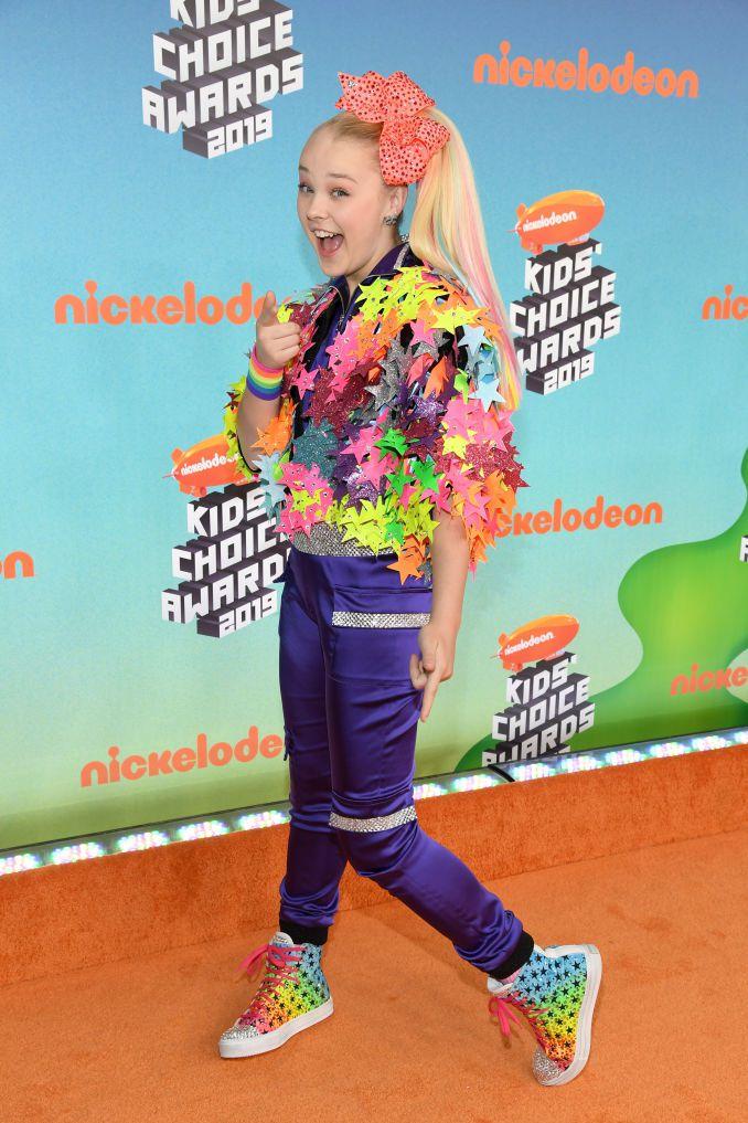 jojo siwa attends nickelodeons 2019 kids choice awards at news photo 1132361953 1553387477 - 2019 Kids' Choice Awards: See photos from the orange carpet [Photos]