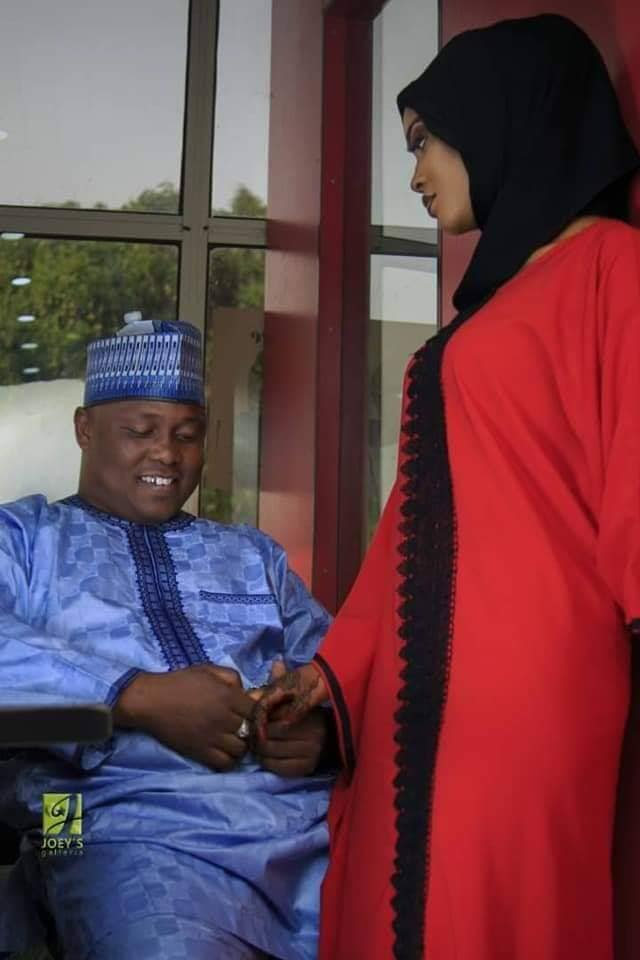 54525037 1388743861265532 3886742349711147008 n 40 - Wow!!! PDP Chieftain weds two brides on the same day [See pictures]
