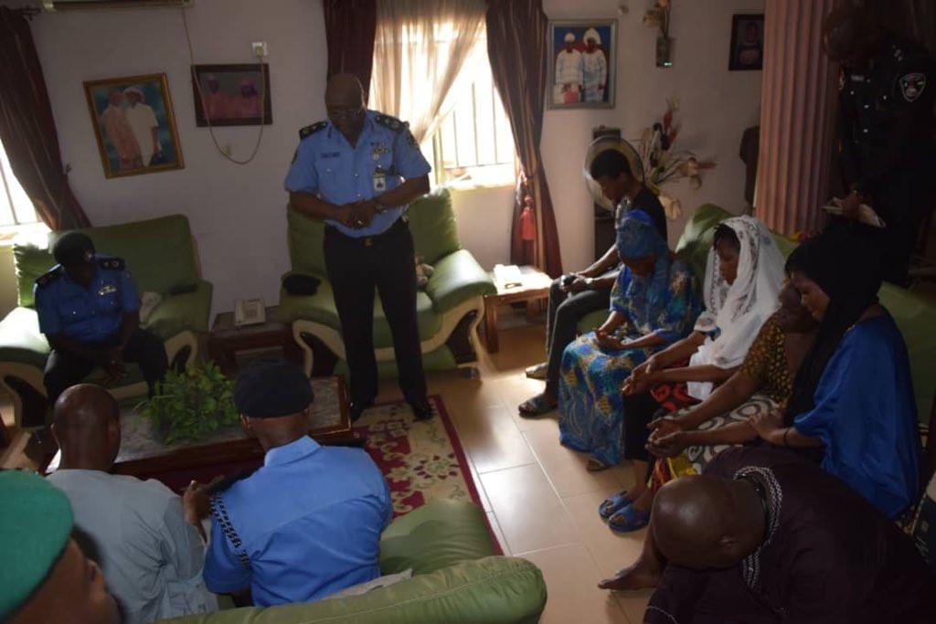 5ca34ed410068 - [Photos]: Lagos state police commissioner pays condolence visit to Kolade Johnson's family