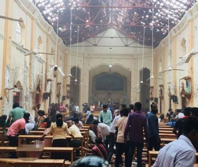 5cbc2d03ab468 - Over 150 dead as bomb goes off in churches and hotels in Sri Lanka