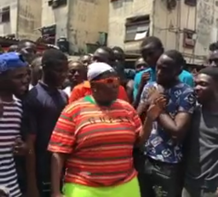 9187554 screenshot201904151623242 jpeg099f7848dc732e92487ee061a59e2f44 - Singer Teni Gets Mobbed by Fans in Lagos