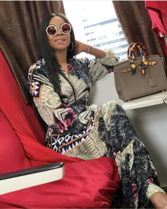A9F3EC02 B183 4DBA B6CD 7DE511E7F717 1 - [Photos]: Toke Makinwa takes her first train in Lagos