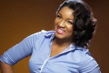 """""""With the WEALTH you have, in the past 2 years, how many People Have You Assisted?"""" Actor Slams Omotola For Criticizing Buhari"""