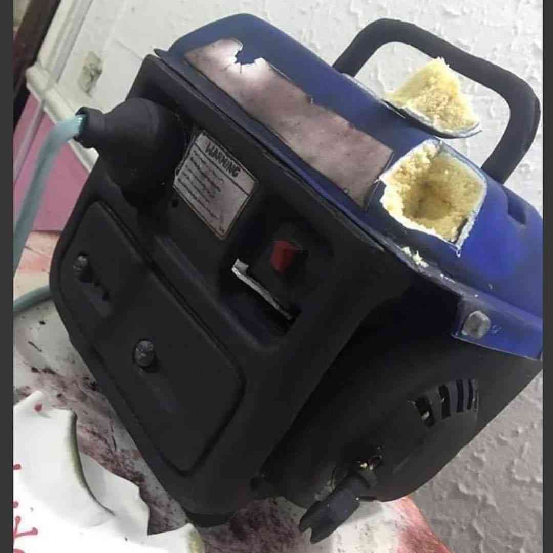 icannotknow 25 4 2019 9 26 3 654 - [Photos]: Nigerian man shares amazing pictures of cake made in form of a generator
