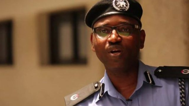 yomi - Nigerians Roast Head Police CRU, Yomi Shogunle, For Saying It's Better To Speak Pidgin English When Caught By SARS
