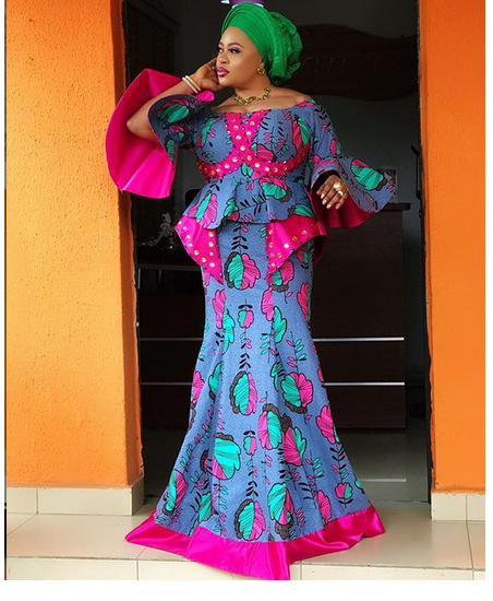 Mide Martins, mercy Aigbe, others attend the burial ceremony of Biodun Okeowo's mum