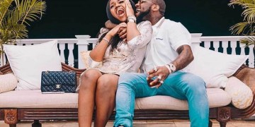 Davido, Chioma Unfollow Each Other On Instagram Amid 4th Babymama Scandal