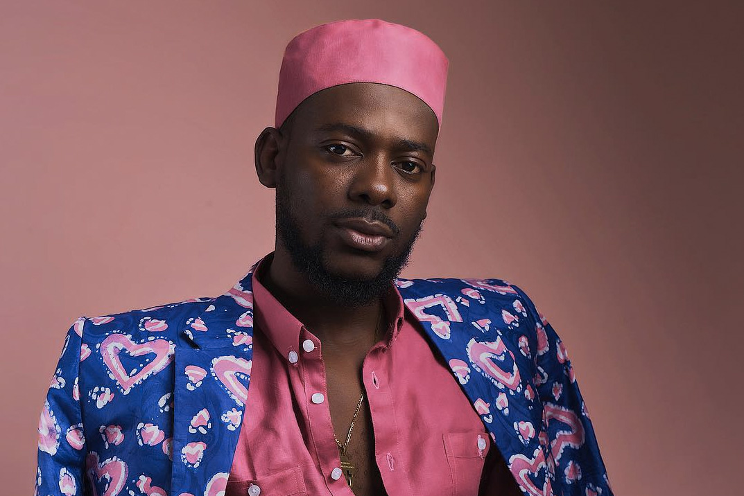 Fan Tells Adekunle Gold To Return To His Afro Coiffure; See His Response