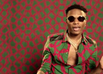 Between Wizkid And Fan Who Called Him Short Man