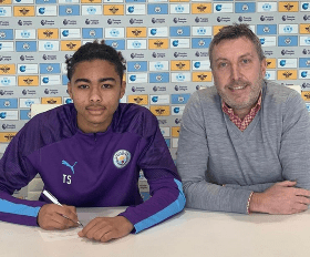 Manchester City Sign Camron Gbadebo, Nigerian Defender From Leicester City