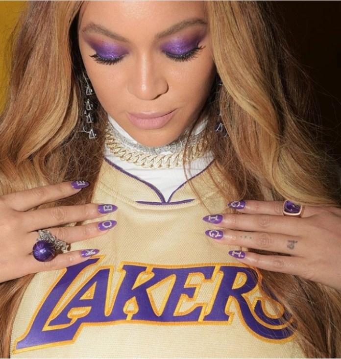 4 2 - Beyonce, Jennifer Lopez, Honour Kobe Bryant With Nail Art (Photo)