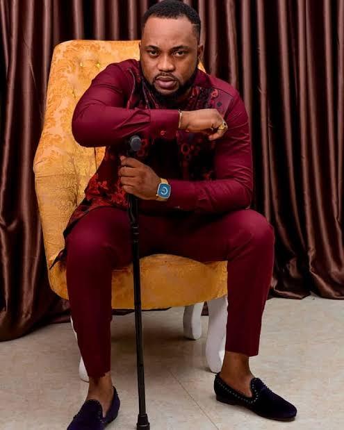 Bribe-Seeking Police Harass Nollywood Actor Damola Olatunji (Video)
