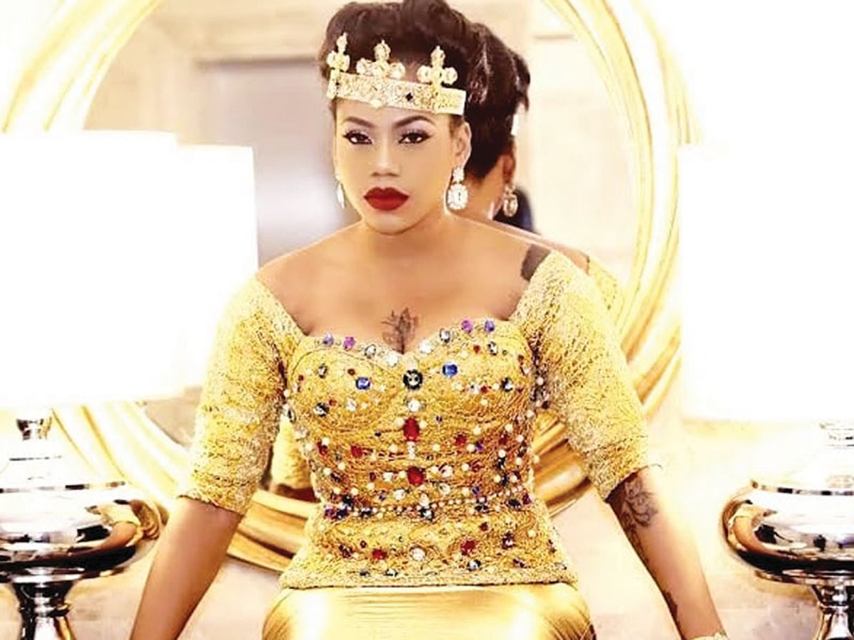 I Hope Bloggers Are Recording, Tipsy Toyin Lawani Says As She Gets Naughty On Live Video