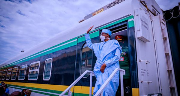 We Will Continue To Prioritise Railway System – Buhari