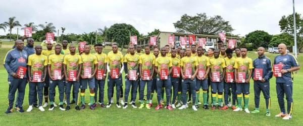 Bafana Bafana Players Displays Placard against Racism. Image: SAFPU.
