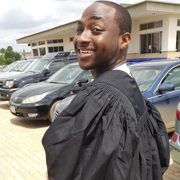 Davido-graduate