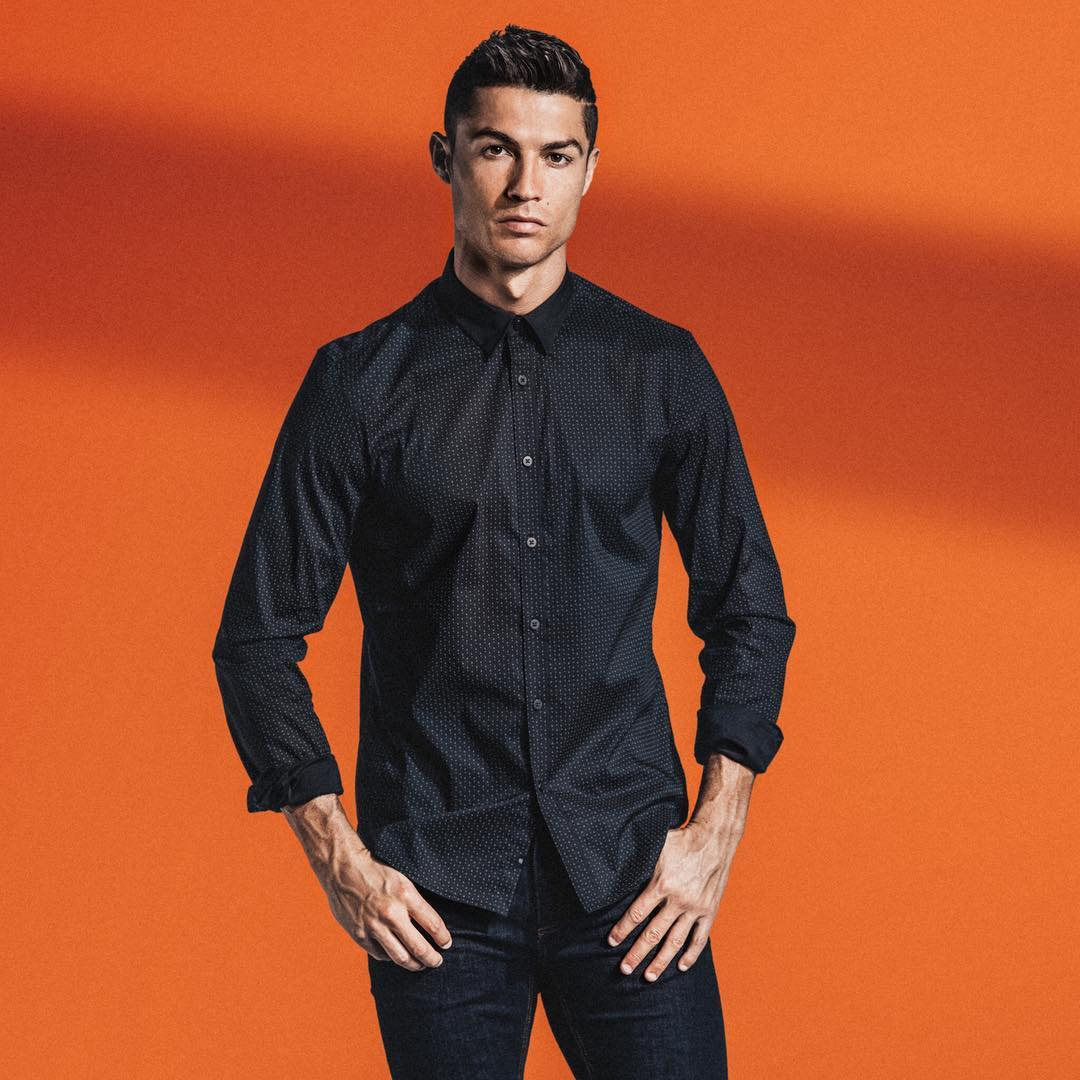 Cristiano Ronaldo Picks Wedding Date Buys Engagement Ring Of Over For N300million Girlfriend Information Nigeria