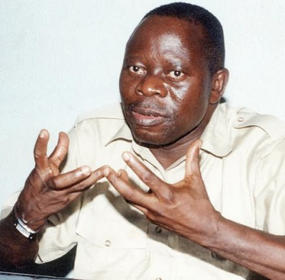 Nigerians react as Oshiomole was asked to step aside at the presidential inauguration for breaching protocol