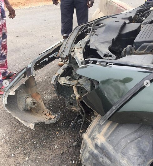 Actress survives car crash