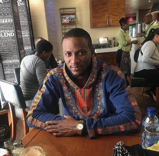 Omashola Kola Oburoh